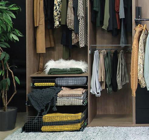Unique Wardrobe Furnishings for easy organization